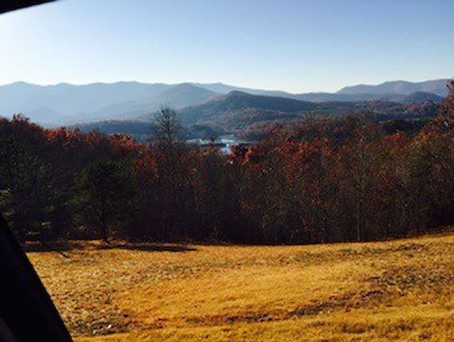 Mountain view w/ Lake 2 swim & raft - Hiawassee - Ház