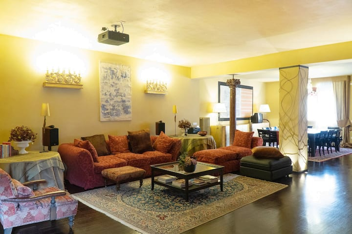 Bohemian Suite spacious and central Loft