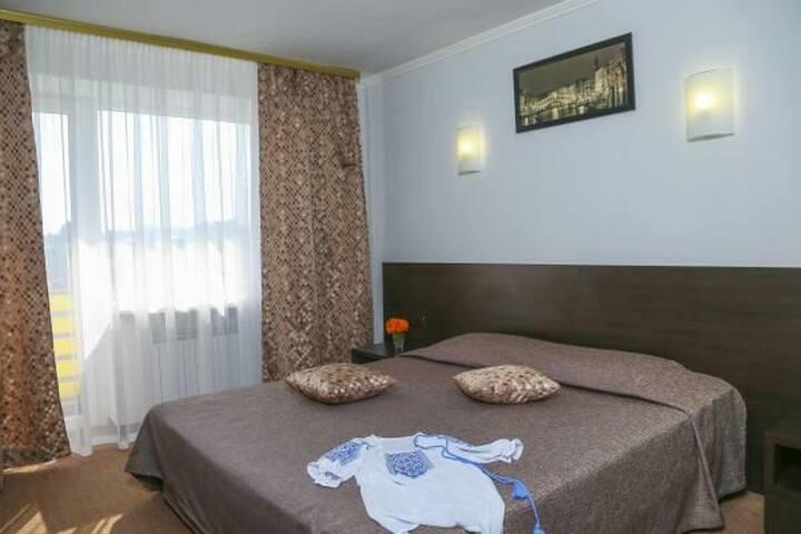 Отель в центре - Дніпро́ - Bed & Breakfast