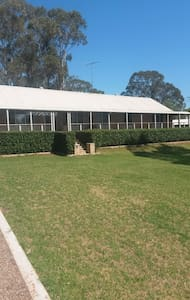 Prestige 1 Acre home - Wallacia