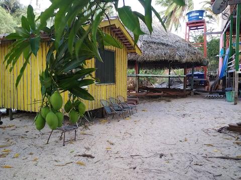"""""""Casa do Pescador"""": chalé (suíte)."""