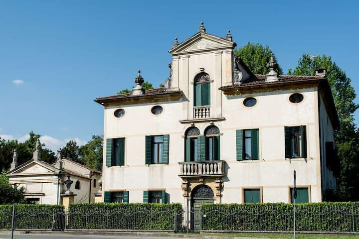 Eighteenth-century villa with garden