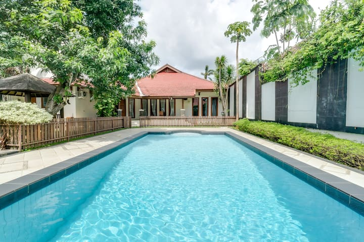 Spacious Villa w/ Pool Perfect for Event/Gathering