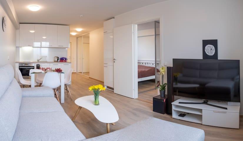 ★ Deluxe apartment in Vega Residence,FREE PARKING!