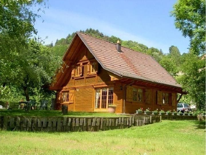 Chalet with 4 bedrooms in Lalaye, with furnished garden