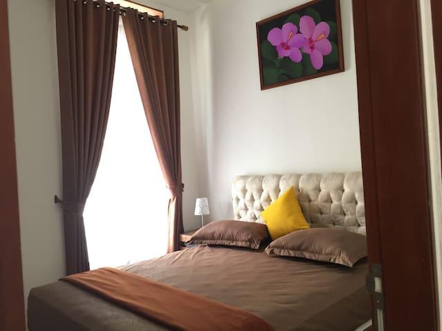 Deluxe Cozy Room B - Daerah Istimewa Yogyakarta - Bed & Breakfast