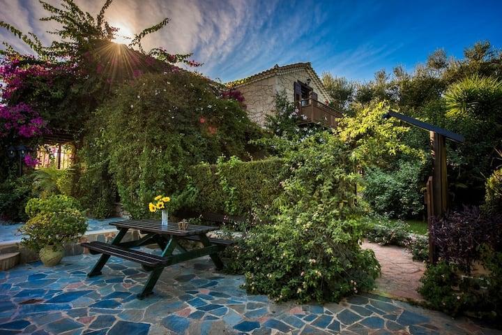 luxury traditional villa kavelaris