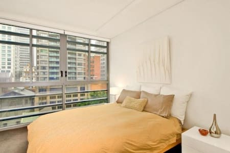 Luxury Ensuite in the heart of Sydney CBD - Lägenhet