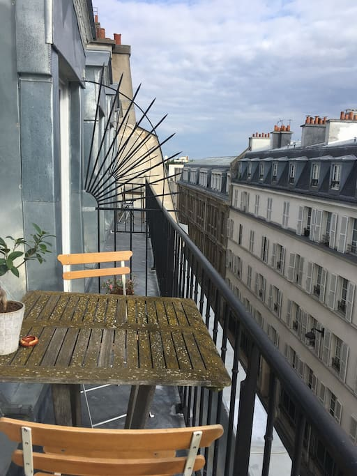 Rooftop - table and chairs