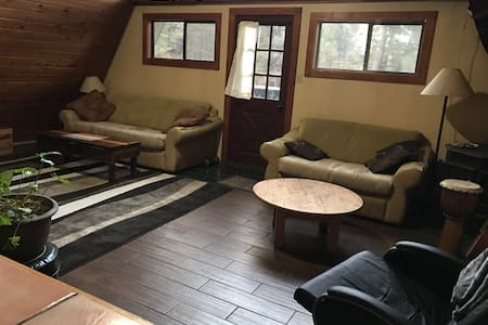 Private, Quiet, A-Frame Get-away in the Pines - Flagstaff