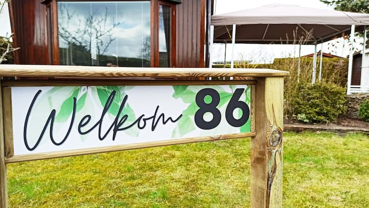 Chalet 86 op camping bij strand Horst en de Veluwe