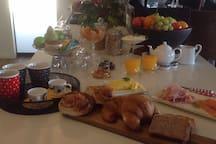 Continental style breakfast. Organic eggs, local produce. Enjoy!