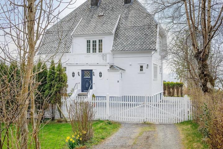 Cozy and central villa in Haugesund
