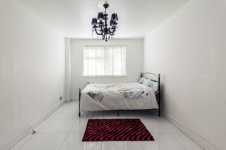 Exclusive 2 Bedroom House With Garden Tower bridge - Lontoo - Talo