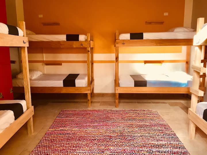 Moderna habitación compartida