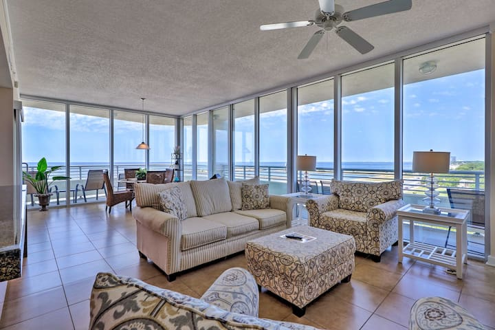 Luxurious Biloxi Beach Condo w/ Amenities & Views!