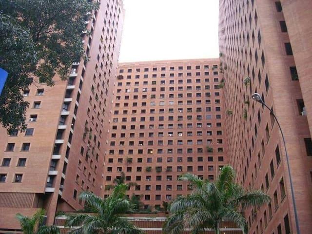 Bello y cómodo apartamento ejecutivo