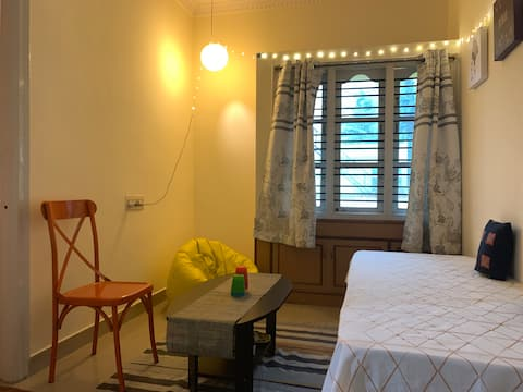 Apartment bathed in Sunshine 4 - EKTA RESIDENCE