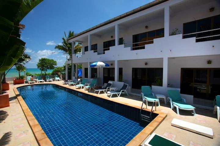 ⭐The Sandy Resort 18BR Sleeps 36 w/Pool near Beach