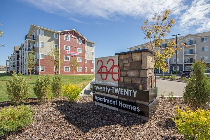 Full Apartment at Twenty Twenty by Laebon