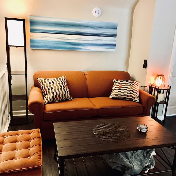 ★3min To Kellogg Park 2BR★ Plymouth ★ Parking★W/D★