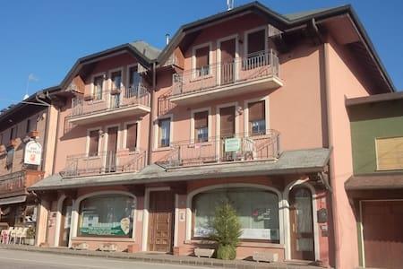 Appartamento a Treschè Conca - Tresché Conca - Daire