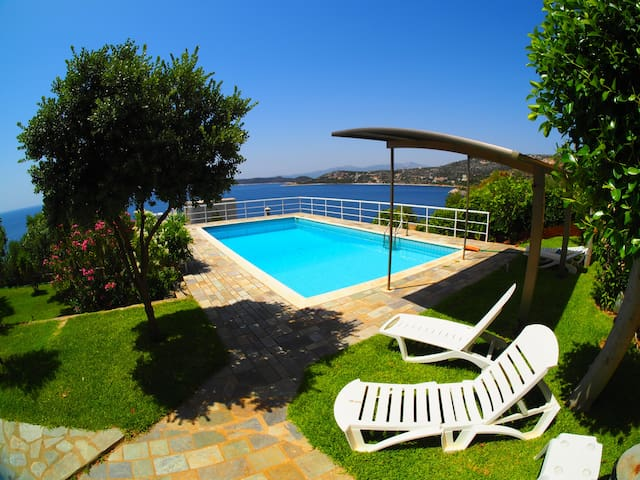 HORIZON BLUE VILLA-POOL-VIEW-OFFER SEPT/OCTO:210€