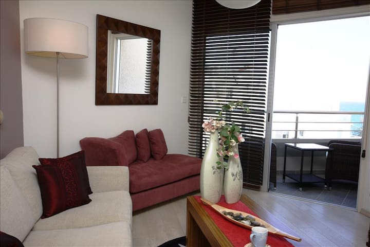 209-Two Bedroom Apartment with East Side Sea View - Limassol - Apartment