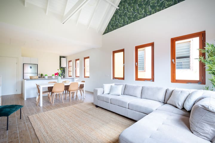 Cozy Luxury Apartment - Located in the Heart of Willemstad
