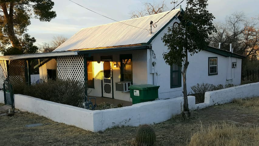 Historic Allen St Adobe Home - Tombstone - Dom