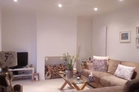 Semi detached house central to
