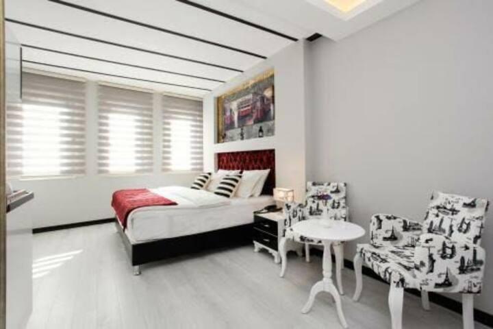 Doorway Suites