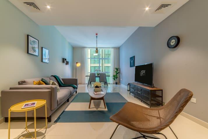 Amazing One Bedroom across WTC