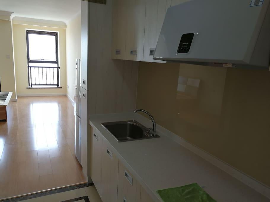 精装公寓,可做饭