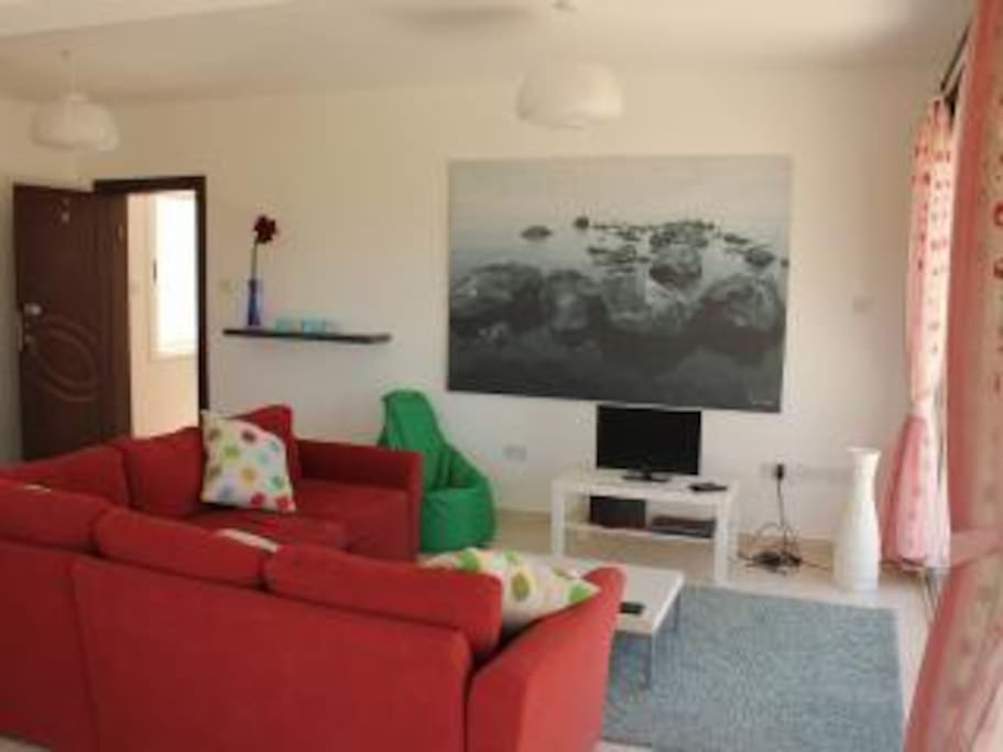 Comfy lounge area with Wifi and TV/DVD