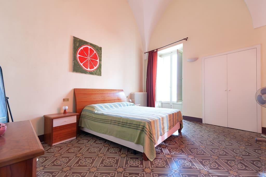 Appartamento storico primo piano appartamenti in affitto for Piani camera da letto del primo piano