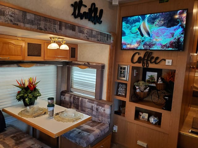 Space Loge - WiFi and Pet Friendly