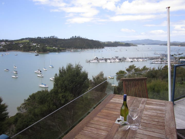 Crows Nest Villas, Opua - Bridge Deck