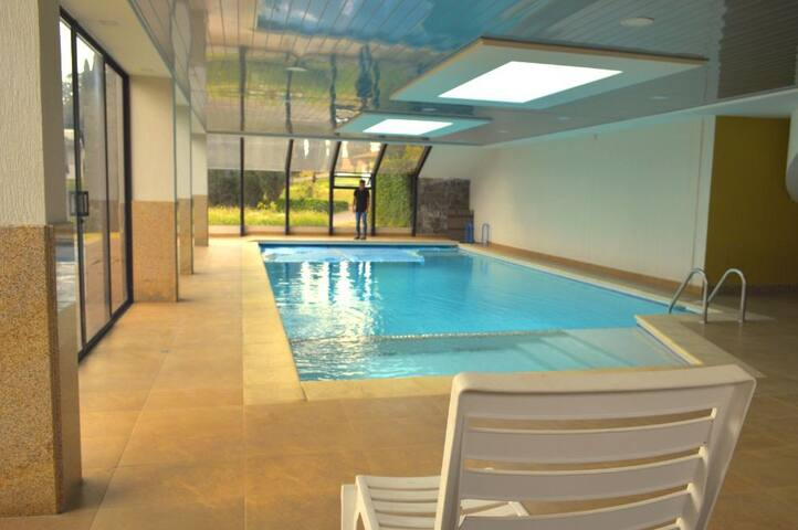 Indoor pool, 5 min to Quito Airport,24HR transfers