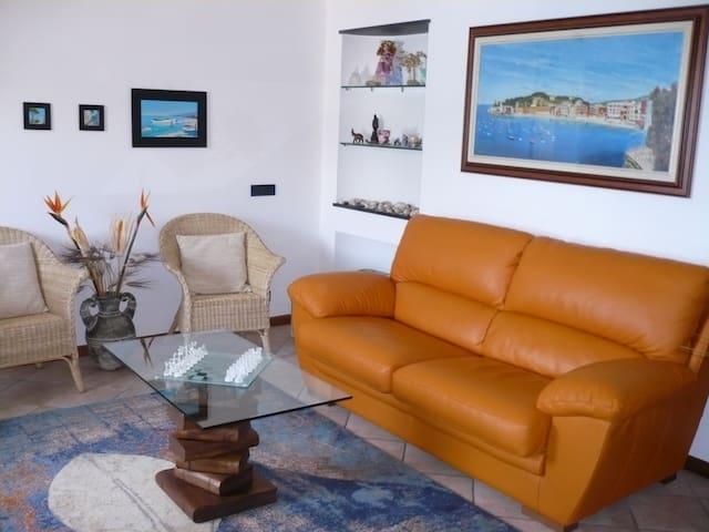 Seafront Apartment near 5 Terre - Riva Trigoso - Huoneisto