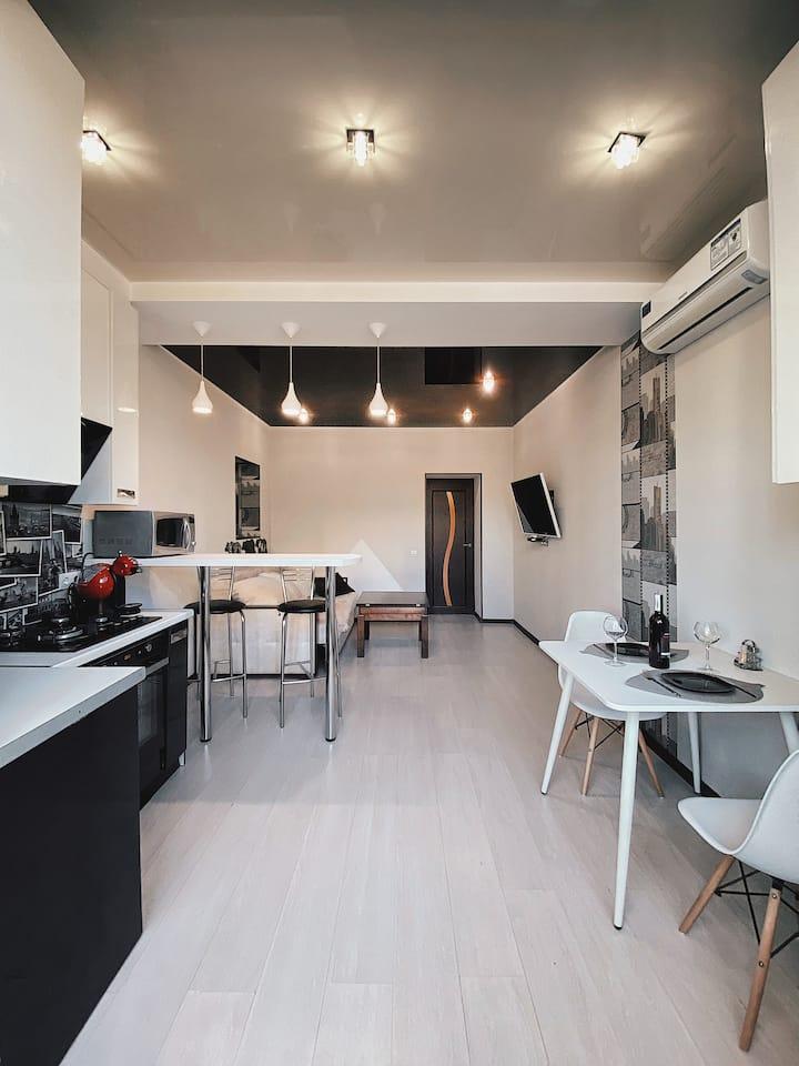 Современные 2-к апартаменты в Центре