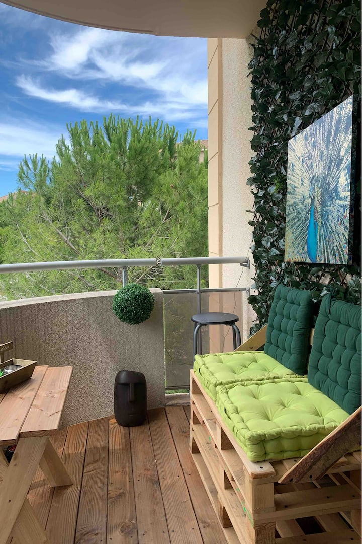Aix Studio lumineux avec petit déjeuner + terrasse