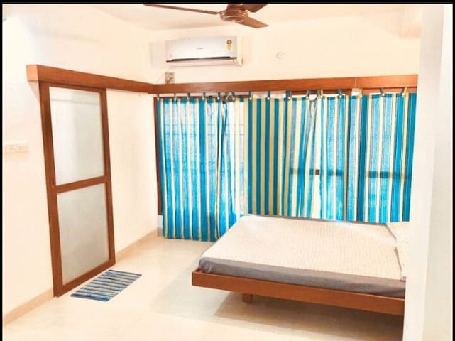 Sea Side Villa - Nearby White Town - Pondicherry