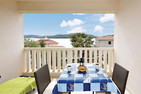 Holiday apartment with 1 room on 19m² in Pirovac