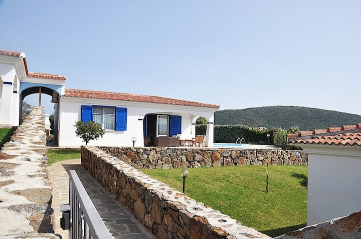 Villa Moreno 25, Sea View and Swimming Pool