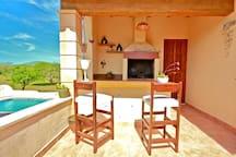 Grillplatz auf der Terrasse im-web.de/ Mallorcareise SL