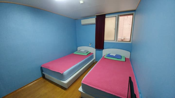 둘만을 위한 공간! twin room! skygarden guest house