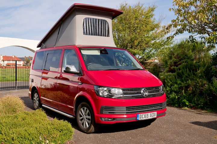Get cosy in Cherry! Luxury VW Campervan sleeps 4