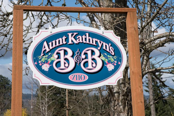 Aunt Kathryn's Bed & Breakfast