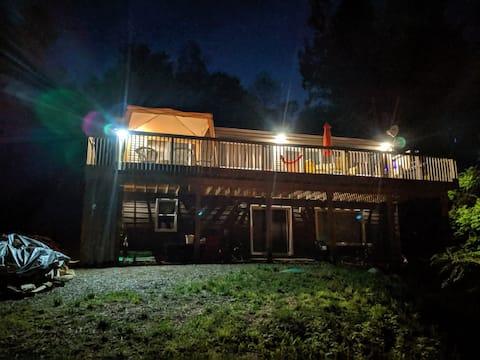 Family Cottage on Baptiste Lake